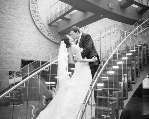 zdjęcia ślubne w zamku w Poznaniu